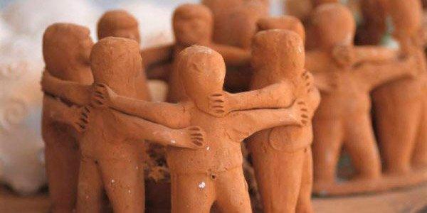 Humanidade! Sejamos mais humanas, humanos e humanes